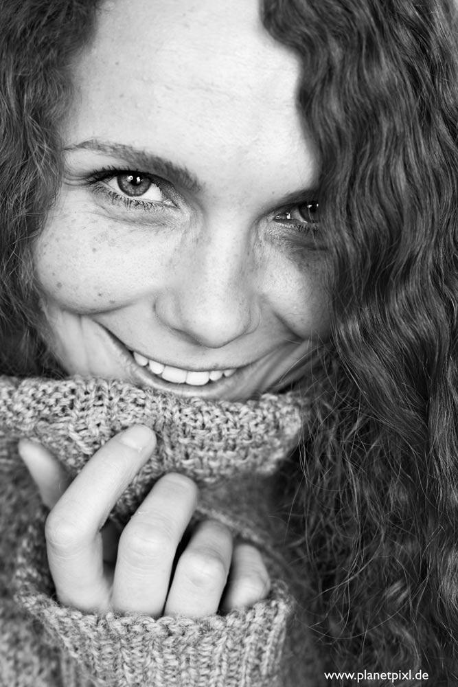 Portrait Frau schwarz-weiß