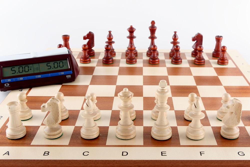 Schachbrett mit Zeituhr