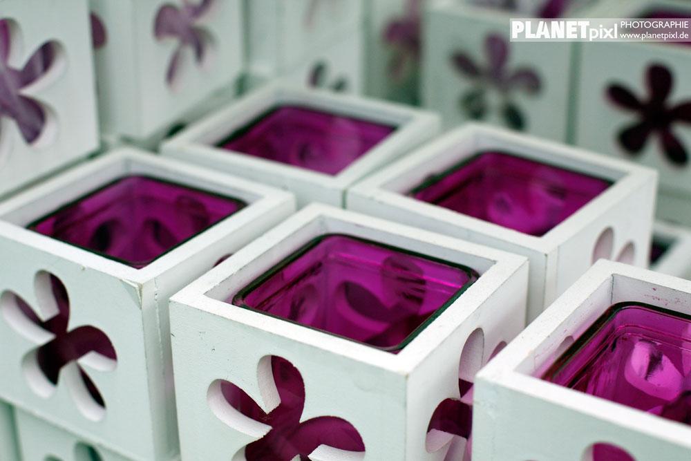 Teelichtgläser weiß-lila