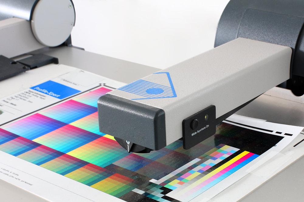 Farbmeßgerät zur Überwachung, Kalibrierung